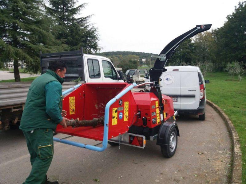 Isporuka sječkalice LINDDANA TP 175 MOBILE komunalnom u Vrsaru. Želimo im puno uspiješnih sati i zbrinutog otpada!