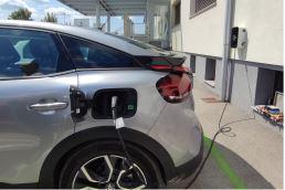 Namjenske punionice Pametne namjenske stanice za punjenje električnih vozila, neophodne za svakog pružatelja usluga u turizmu. Za korištenje u hotelima, glamping kućicama, kampovima, restoranima, lječilištima i drugim turističkim kompleksima. Podižu turističku ponudu na višu razinu što ih izdvaja od konkurencije kao brzorastuće i u skladu s trendom korištenja električnih vozila i visoke ekološke osviještenosti.